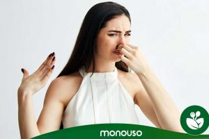 Gel desinfectante para as mãos: porquê cheirar mal algumas mãos?